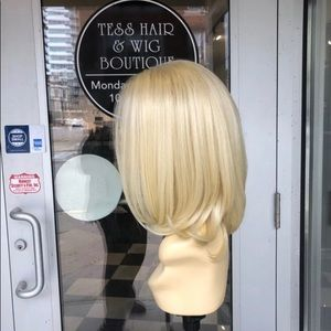 Accessories - Wig blonde 613 3 inch freepart long Bob Lacefront